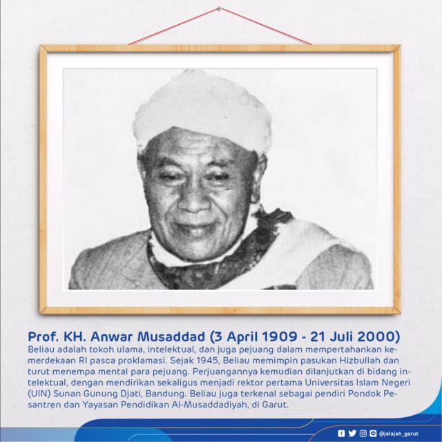 Tokoh Ulama, intelektual, dan juga Pejuang dalam mempertahankan kemerdekaan RI pasca Proklamasi