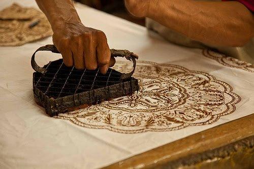 teknik pembuatan batik ada berragam