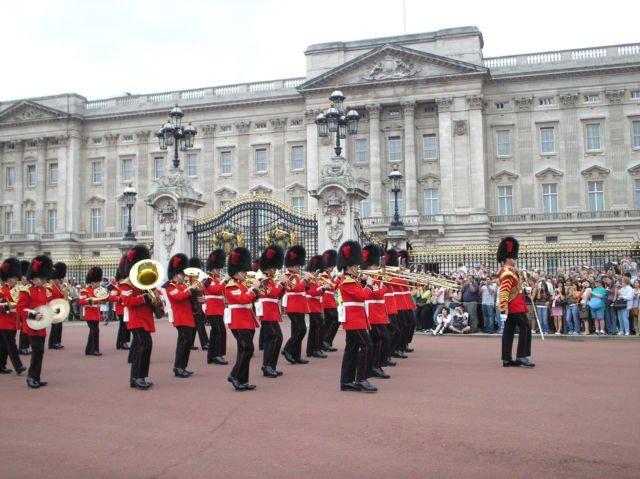 Buckingham Palace (Foto Pribadi)