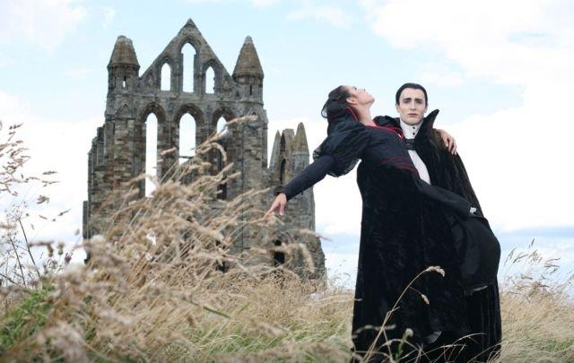 Dracula Play