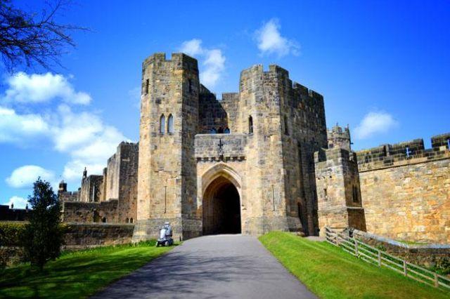 Kastil Alnwick