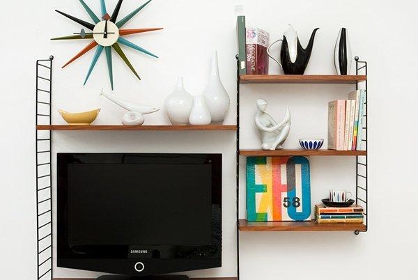 tv di kamar kos, boleh juga!
