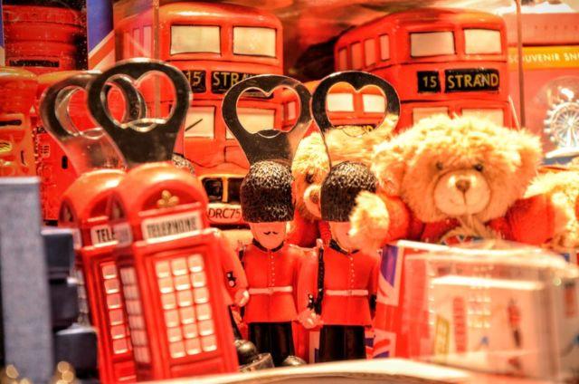 Beberapa Mainan di Toko di London