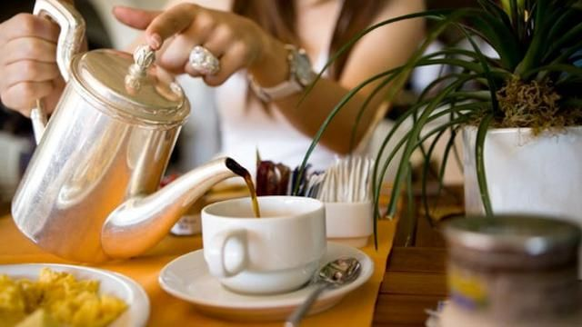 Tradisi minum teh di UK