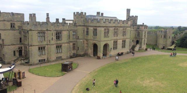Warwick Castle (dokumen pribadi)
