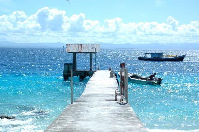 Pelabuhan kecil Pulau Asu