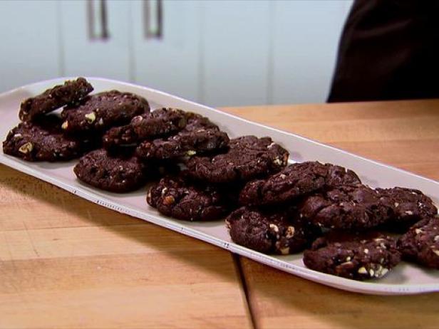cookies almond coklat