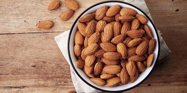 diet kacang almond