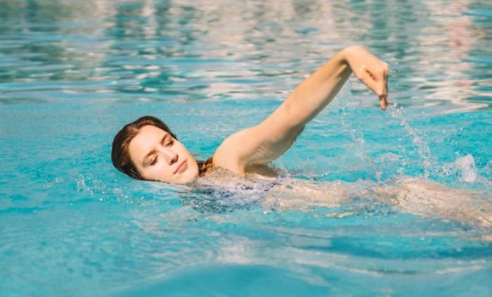 Berenang | olahraga mengecilkan lengan